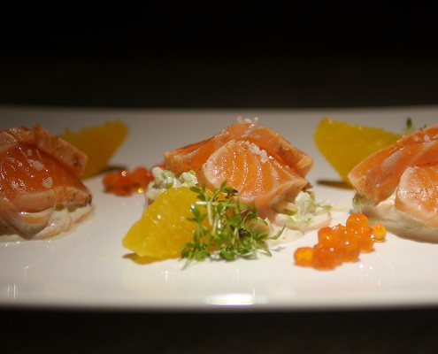 Lachs Sashimi Dinner Bar im Elefant